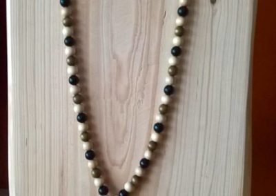 collier en perles de bois mala tibétain