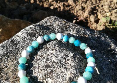 bracelet en perles d'howlite et d'amazonite