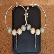boucles d oreilles creoles bois bleu beige- bocbb - Copie